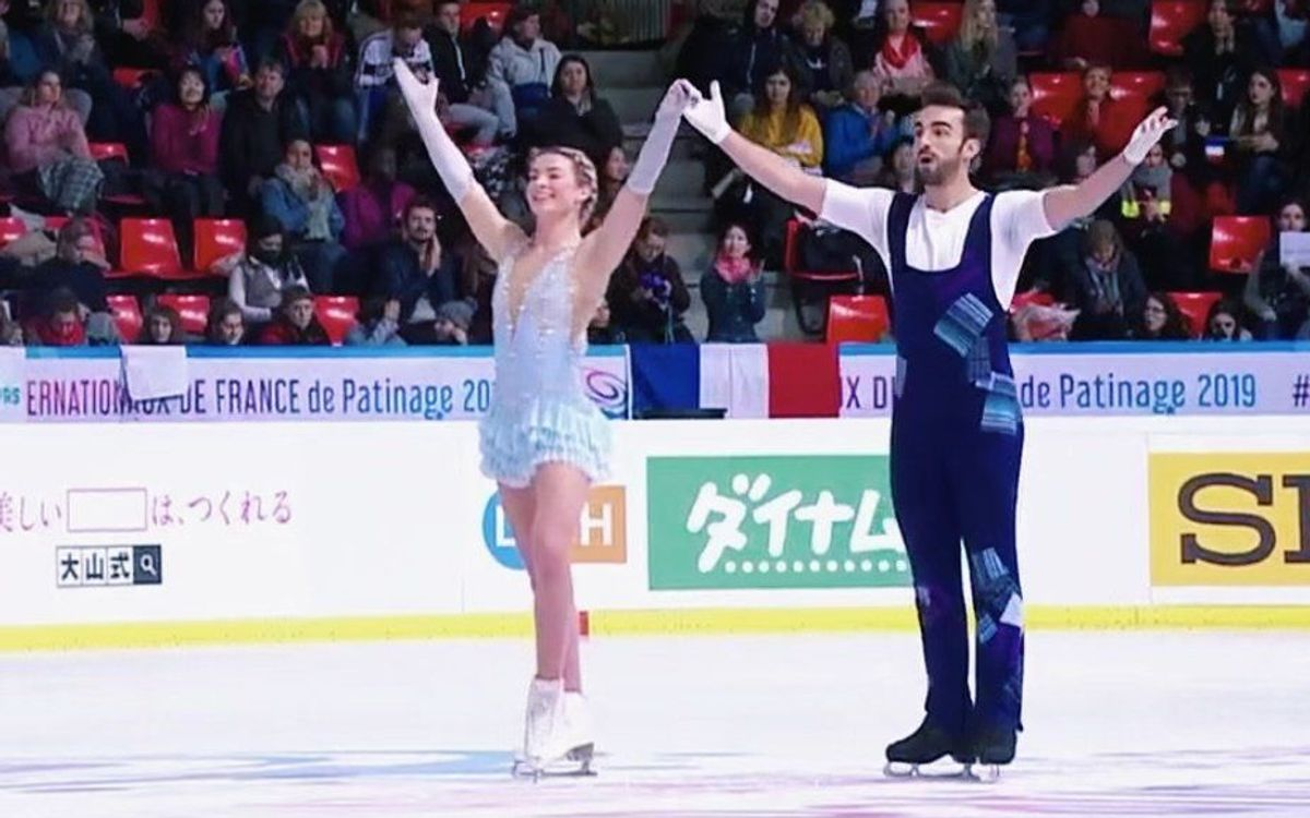 Olivia Smart y Adrián Díaz, cuartos en el Grand Prix Internationaux de Francia