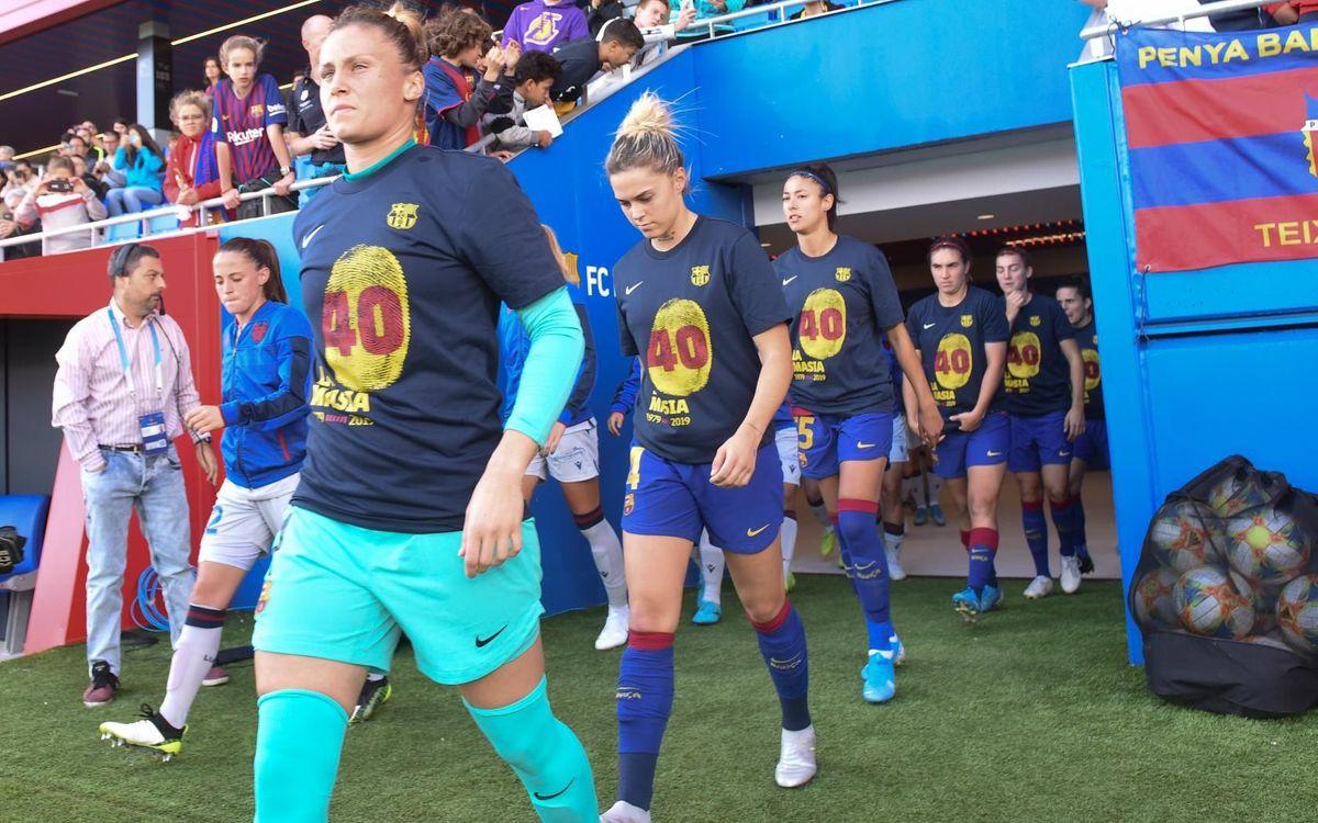 El Femenino, con la camiseta conmemorativa antes de golear al Levante
