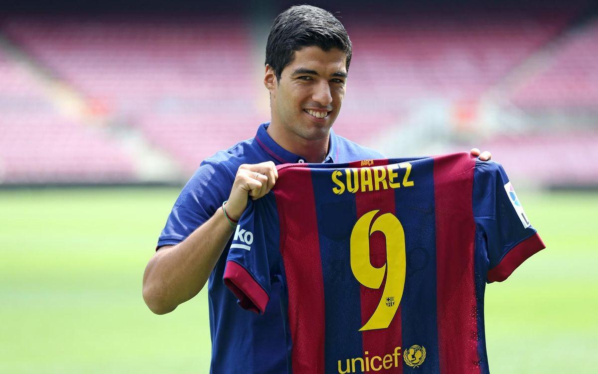 Luis Suárez fue presentado el 19 de agosto de 2014 en el Camp Nou