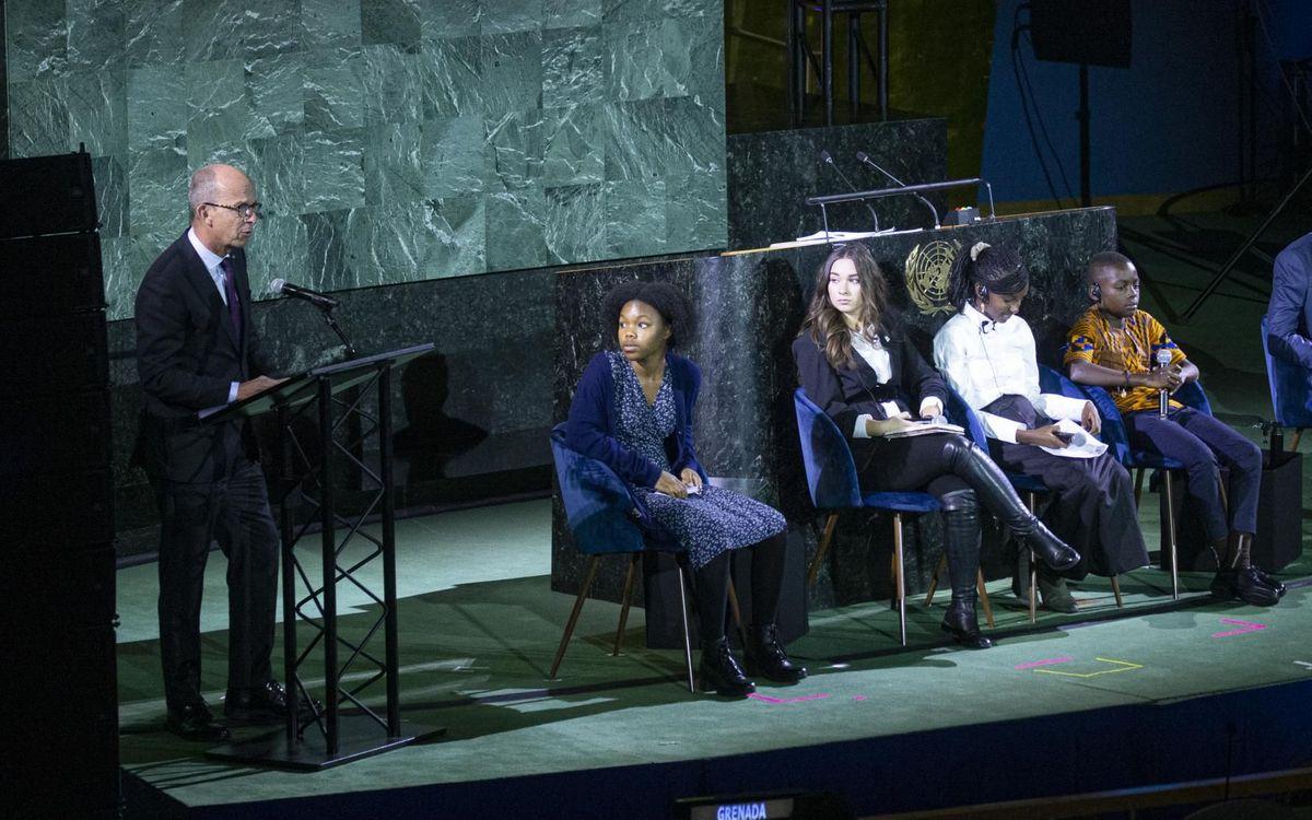 Cardoner defiende que ninguna niña/niño se quede fuera de juego en la Asamblea de Naciones Unidas en el marco del 30 aniversario de los derechos de los niños