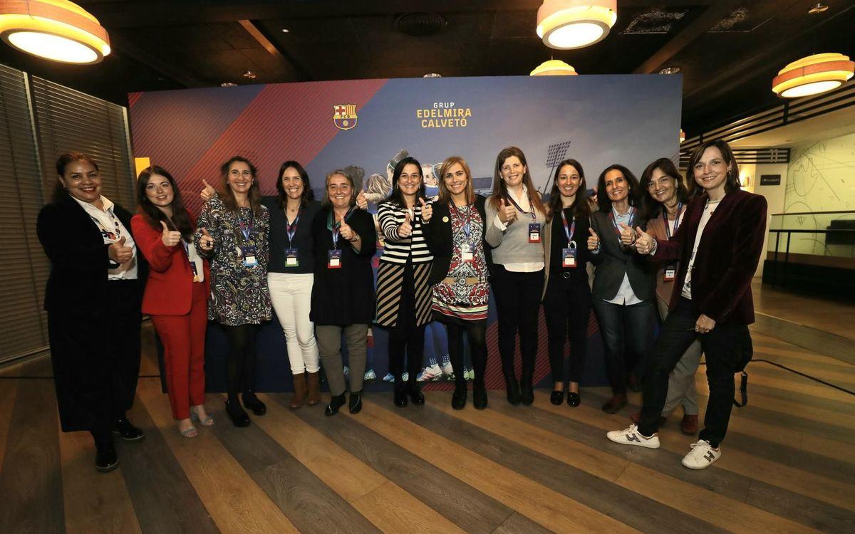El taller 'Juntes fem camí' intercanvia experiències i inquietuds professionals entre dones de diferents col·lectius