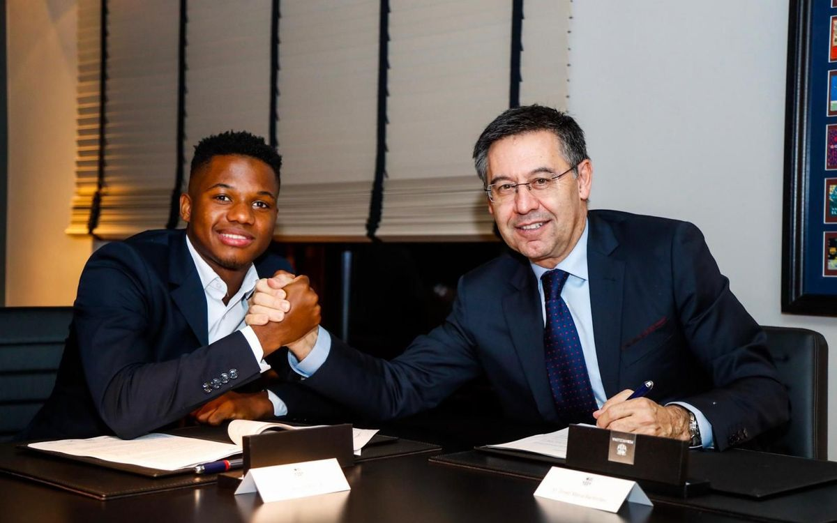 El FC Barcelona mejora el contrato y amplía la cláusula de Ansu Fati