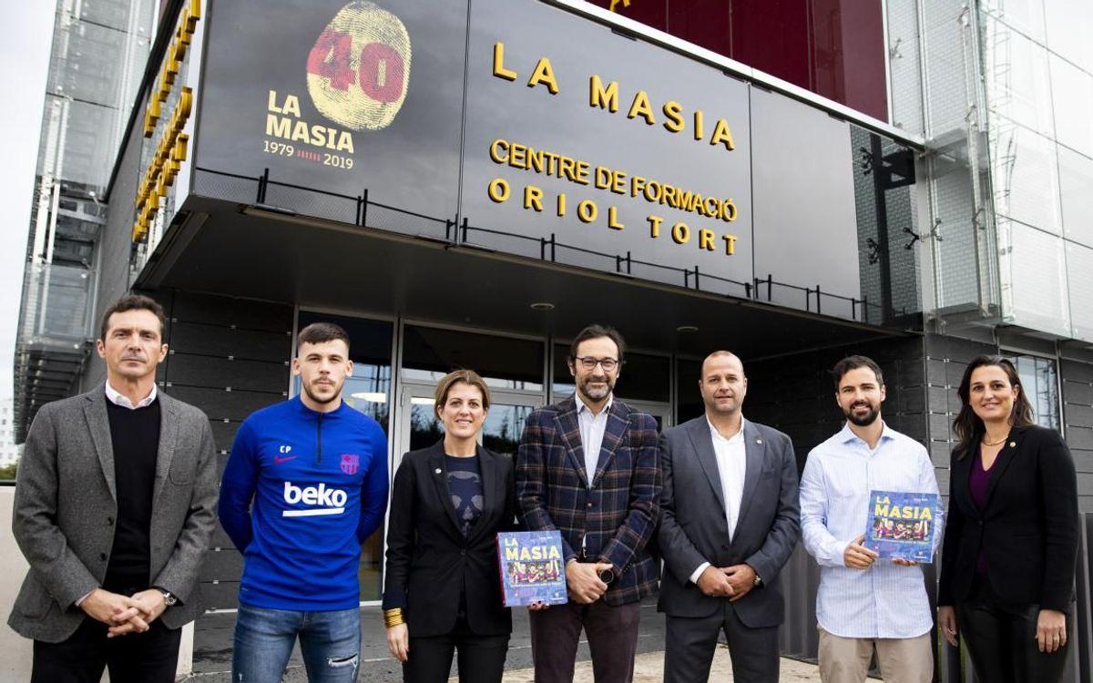 Presentado el libro oficial de La Masia