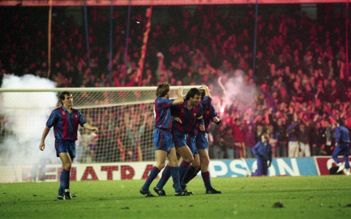 Laudrup celebrant un gol davant el Reial Madrid