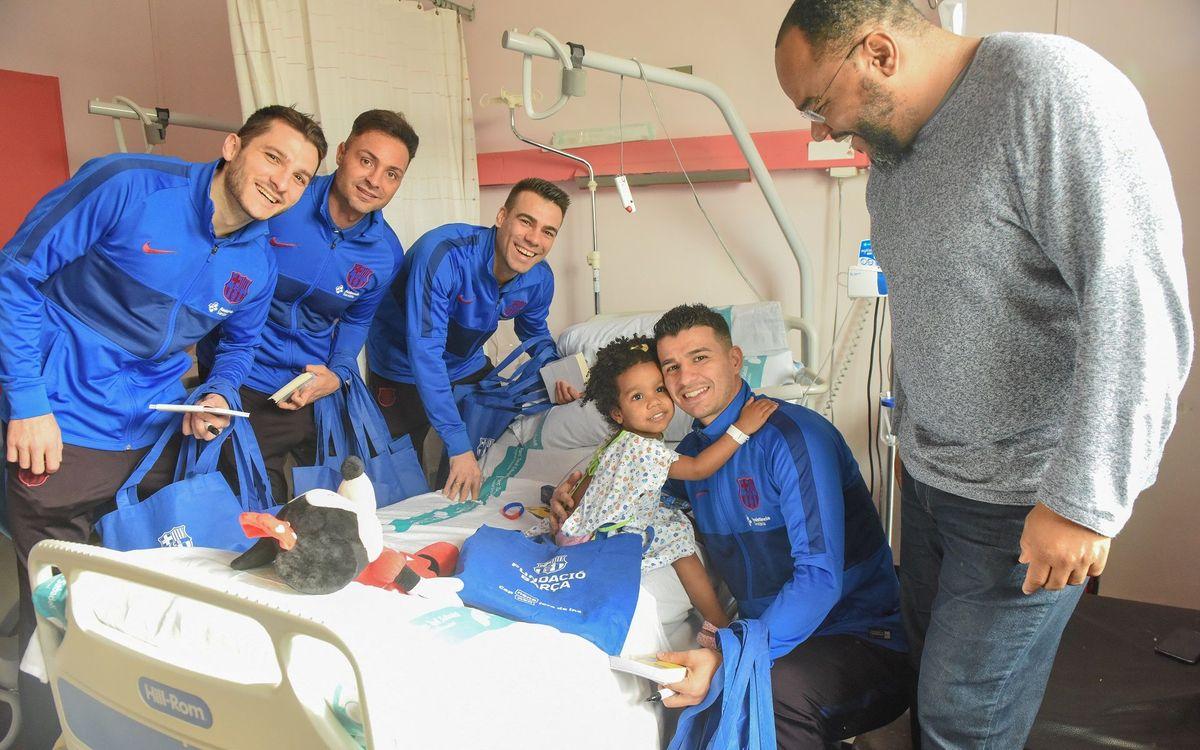 Visita dels jugadors a l'Hospital Parc Taulí de Sabadell