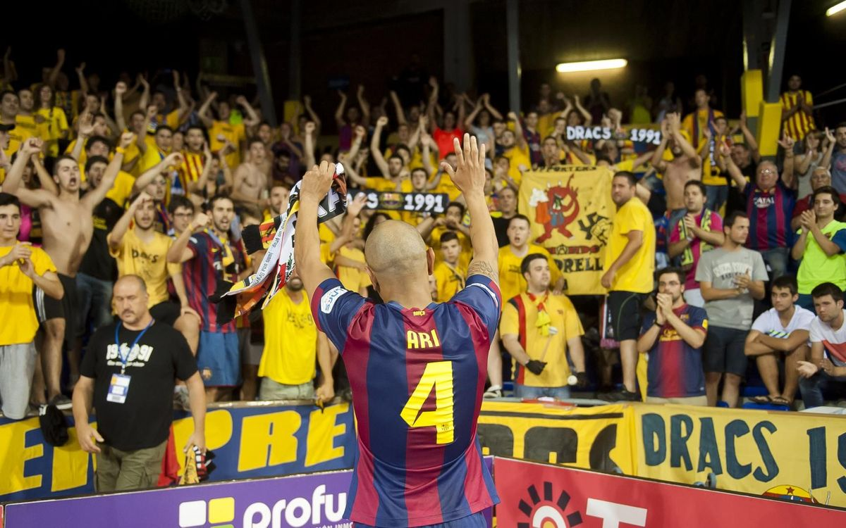 Ari Santos con los Dracs en el Palau Blaugrana