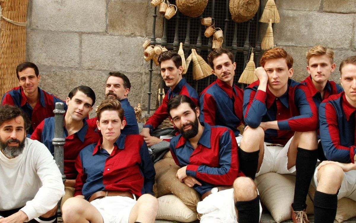 A homage to players in the first Clásico