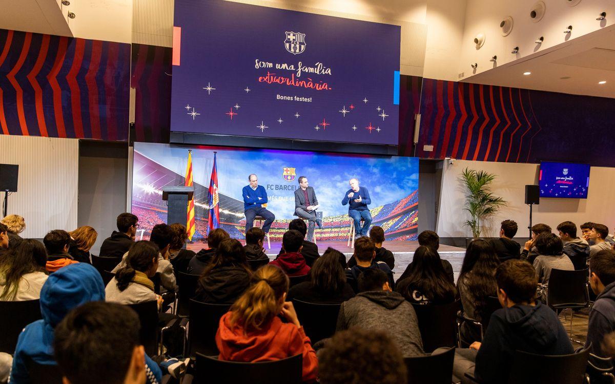 Conversación con estudiantes de Les Corts alrededor del libro 'Orsai'