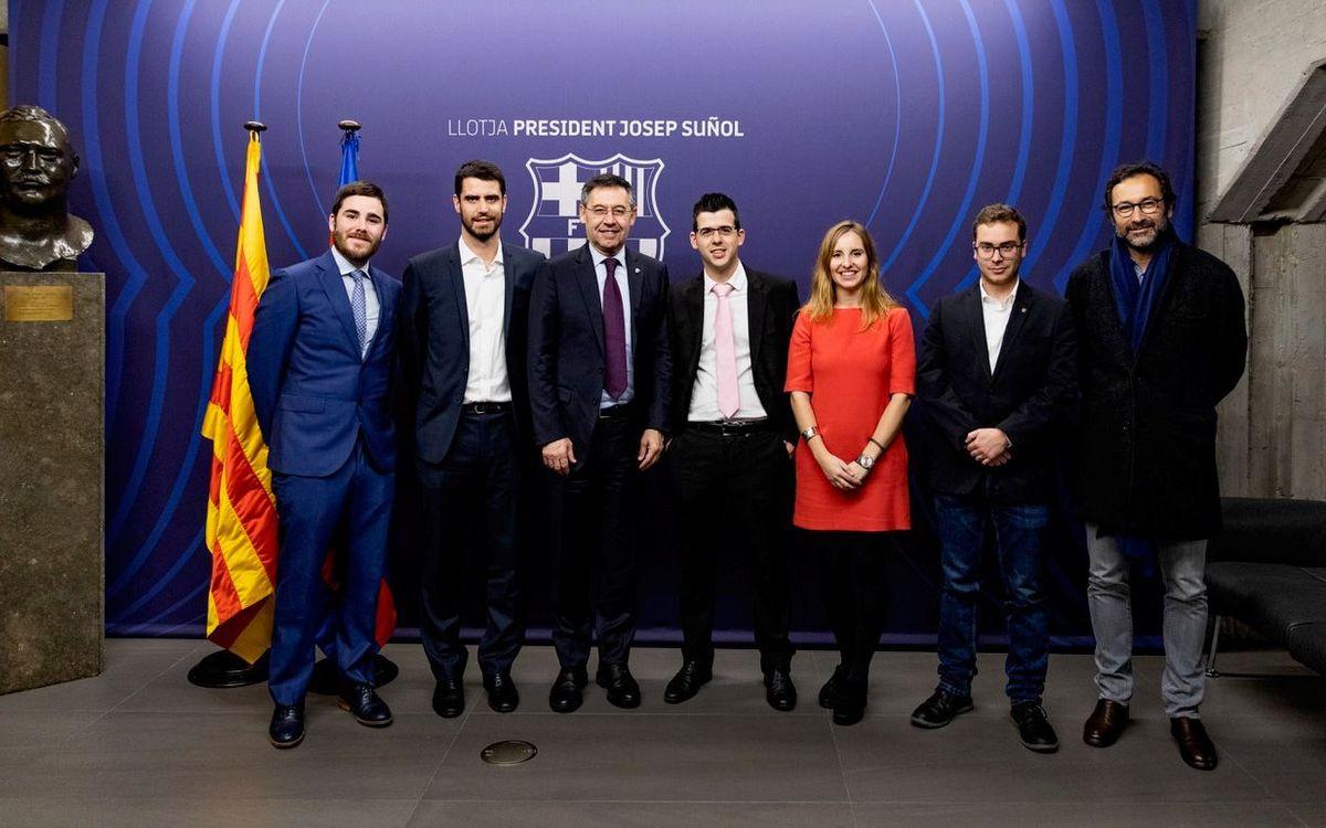 Cinco jóvenes socios han seguido el Barça-Alavés desde la 'Llotja Presidencial'