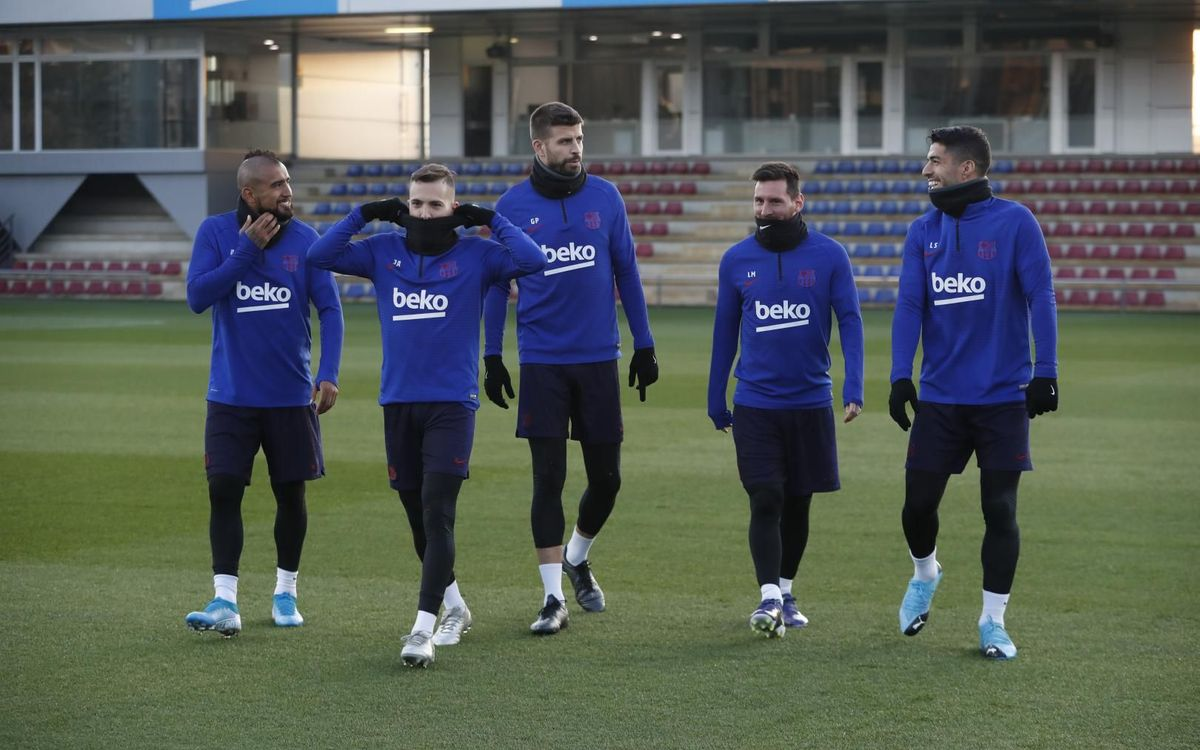 Suárez, Messi and Vidal back with the squad