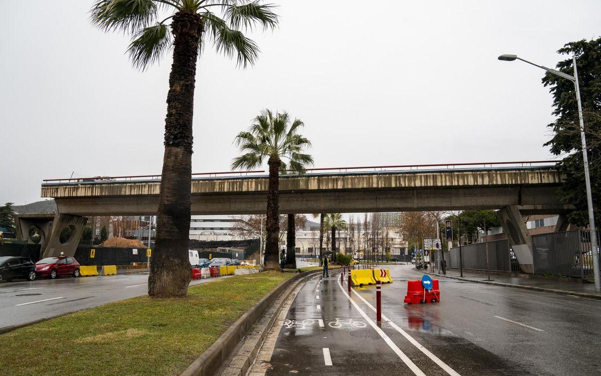 El procés d'enderrocament del Miniestadi conclourà aquest gener amb la retirada de la passarel·la que l'unia al Palau Blaugrana