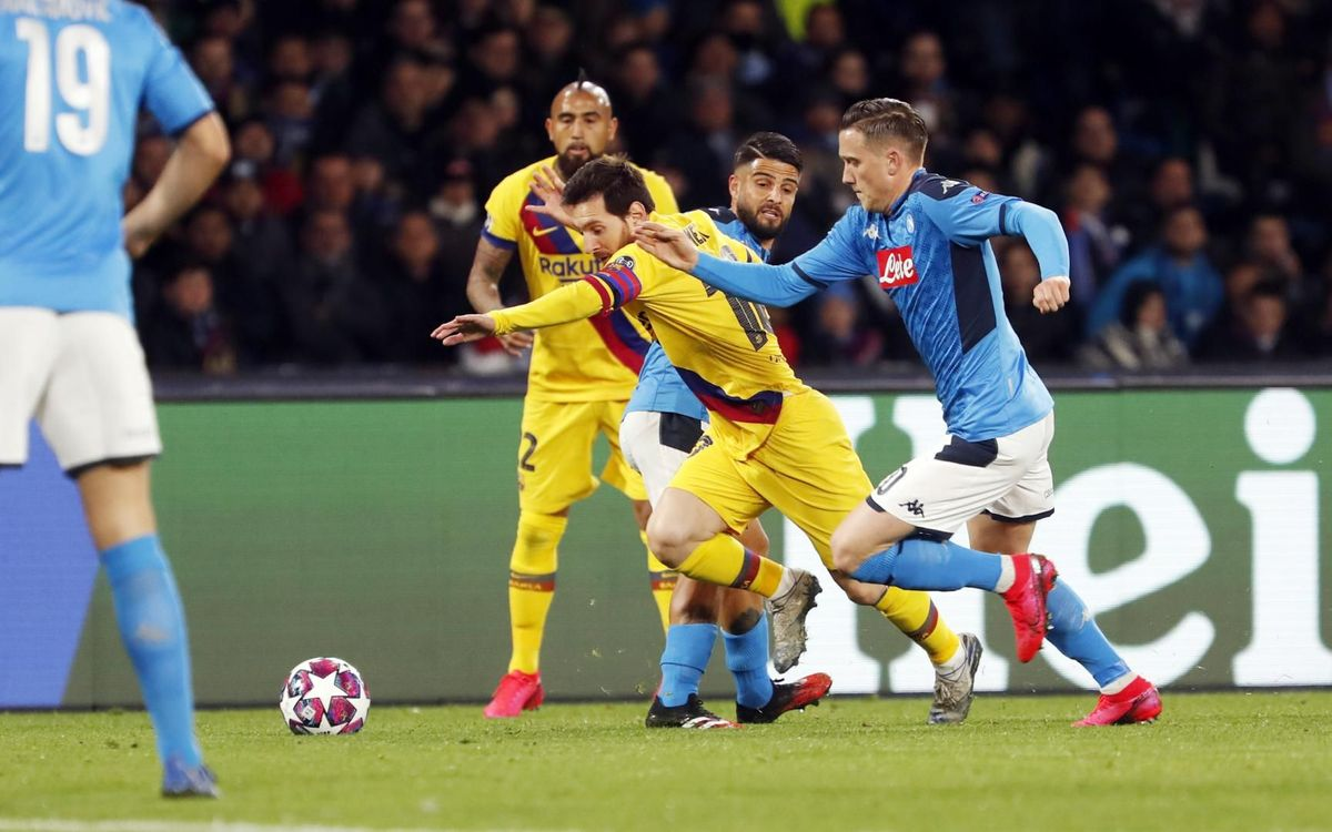 صور مباراة : نابولي - برشلونة 1-1 ( 25-02-2020 ) Mini_2020-02-25-NAPOLES-BARCELONA-16