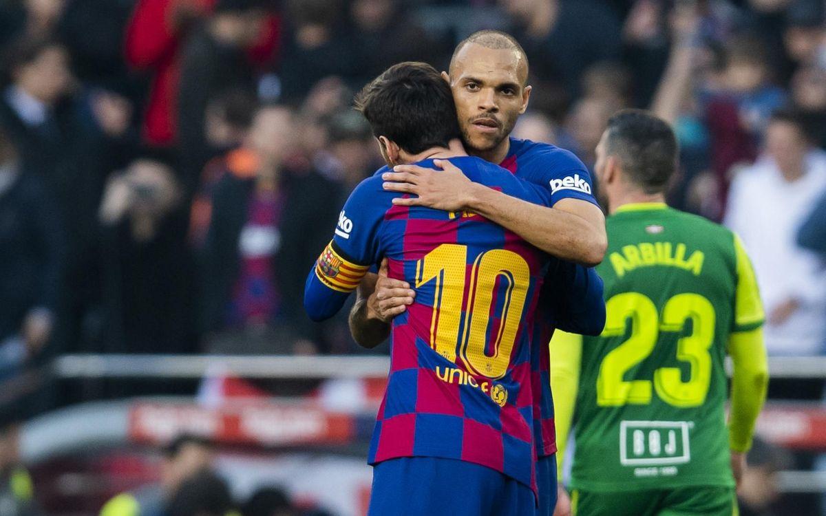 Messi i Braithwaite en el debut blaugrana del davanter danès al Camp Nou davant l'Eibar
