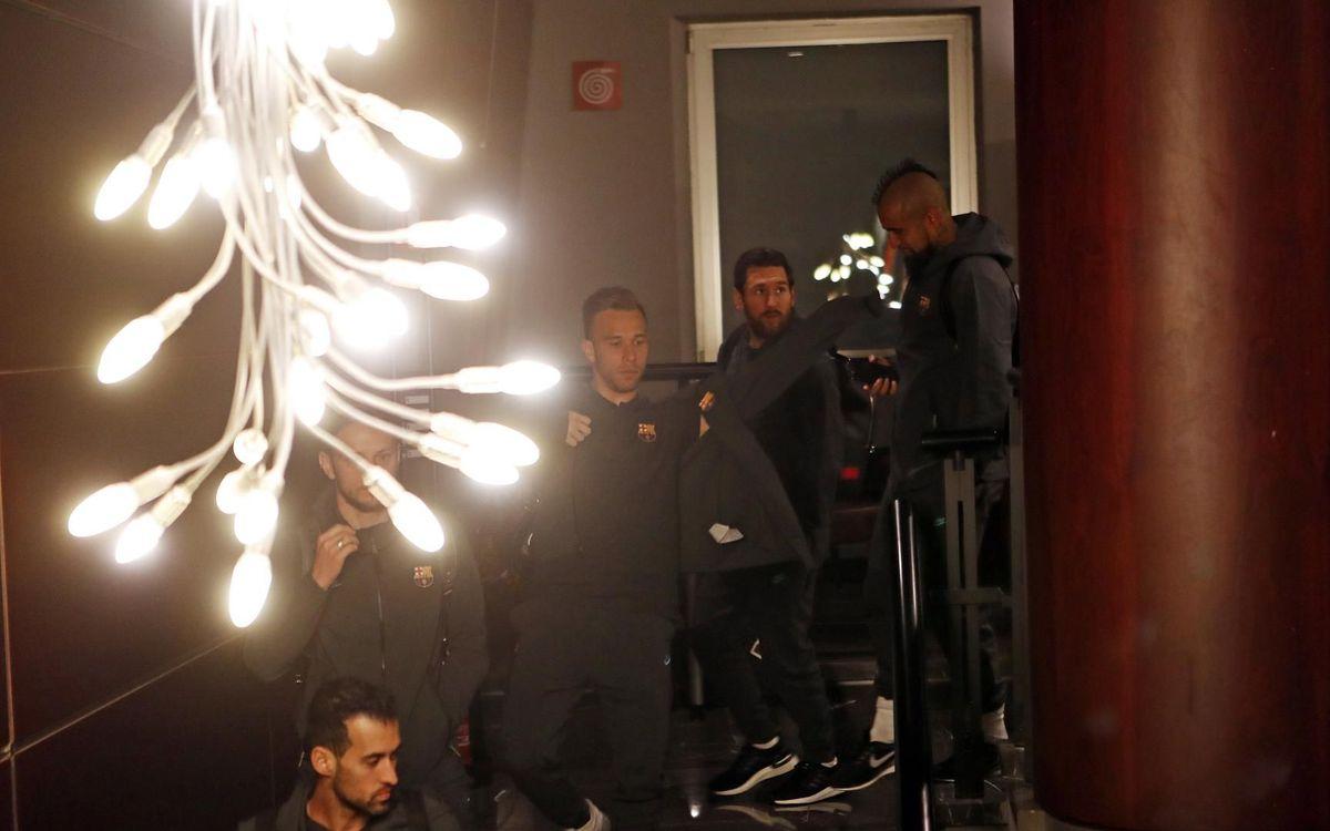 صور مباراة : نابولي - برشلونة 1-1 ( 25-02-2020 ) Mini_2020-02-26-OTRO-NAPOLES-BARCELONA-01