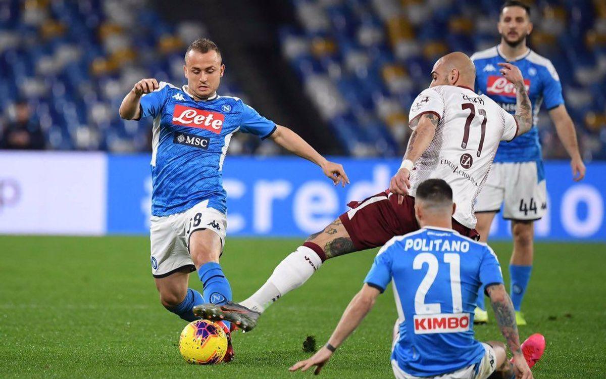 Triunfo del Nápoles contra el Torino (2-1)