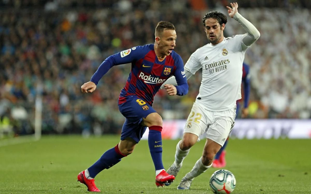 صور مباراة : ريال مدريد - برشلونة 2-0 ( 01-03-2020 )  Mini_2020-03-01-MADRID-BARCELONA-31