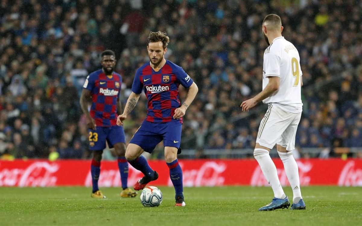 صور مباراة : ريال مدريد - برشلونة 2-0 ( 01-03-2020 )  Mini_2020-03-01-MADRID-BARCELONA-36