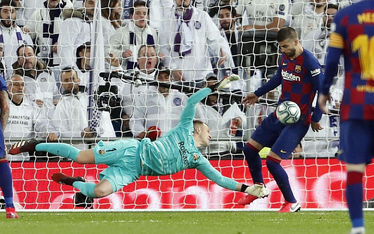 صور مباراة : ريال مدريد - برشلونة 2-0 ( 01-03-2020 )  Mini_2020-03-02-OTRO-MADRID-BARCELONA-24