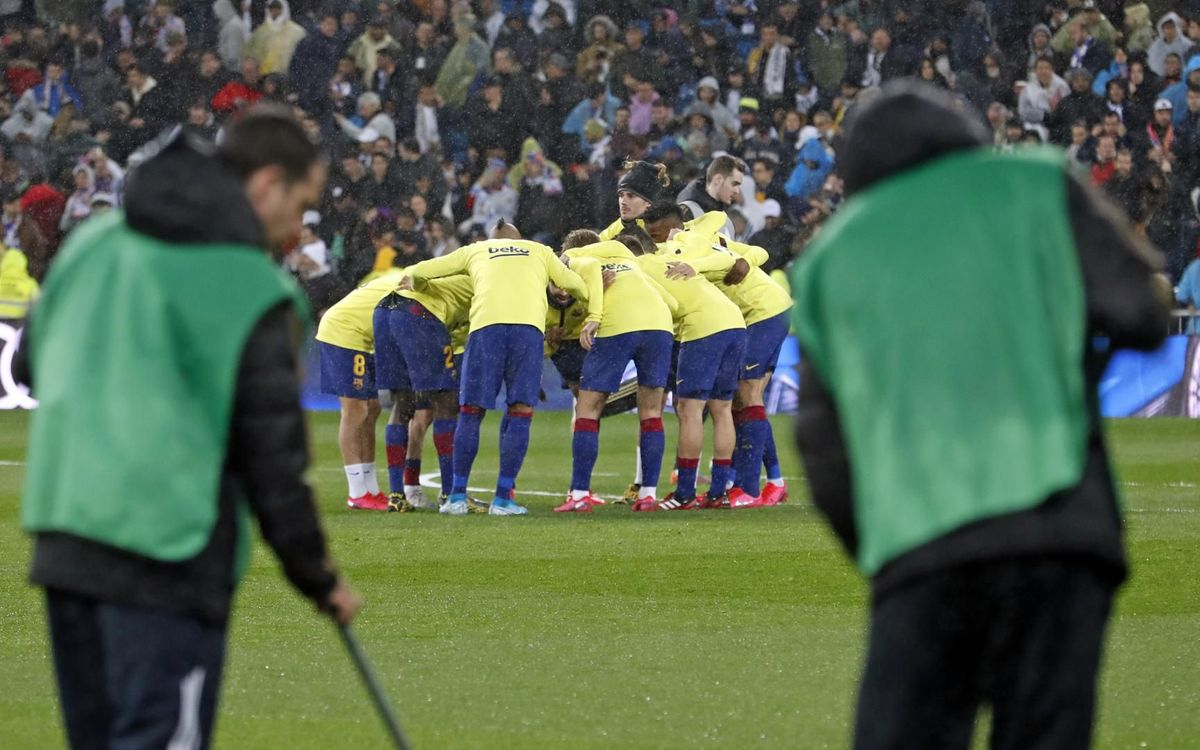 صور مباراة : ريال مدريد - برشلونة 2-0 ( 01-03-2020 )  Mini_2020-03-02-OTRO-MADRID-BARCELONA-08