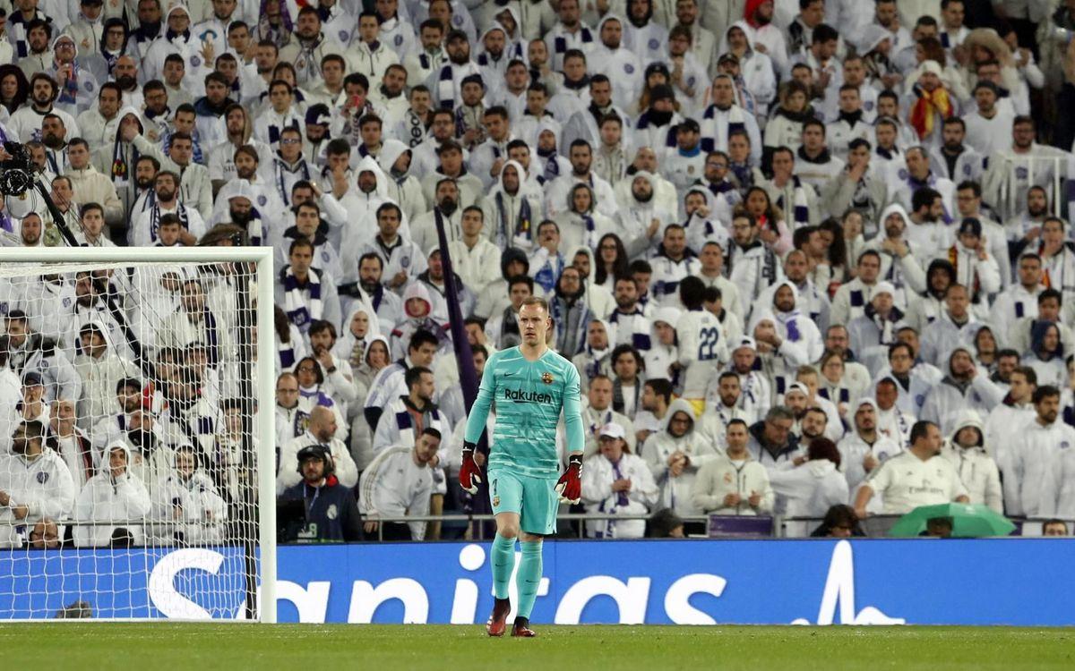 صور مباراة : ريال مدريد - برشلونة 2-0 ( 01-03-2020 )  Mini_2020-03-02-OTRO-MADRID-BARCELONA-22