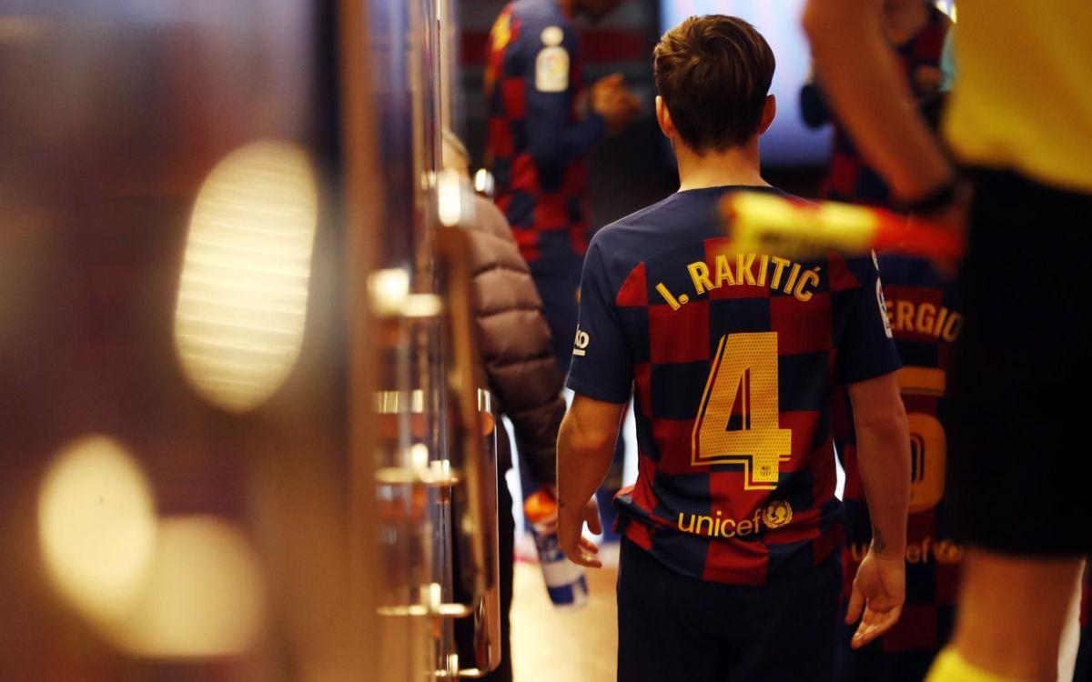 صور مباراة : برشلونة - ريال سوسيداد 1-0 ( 07-03-2020 )  Mini_2020-03-08-OTRO-BARCELONA-R.-SOCIEDAD-13