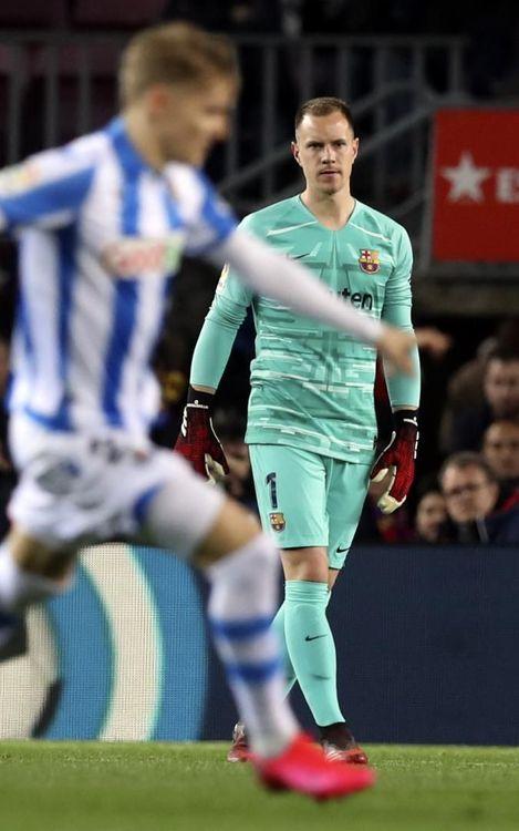 صور مباراة : برشلونة - ريال سوسيداد 1-0 ( 07-03-2020 )  Mini_2020-03-08-OTRO-BARCELONA-R.-SOCIEDAD-14