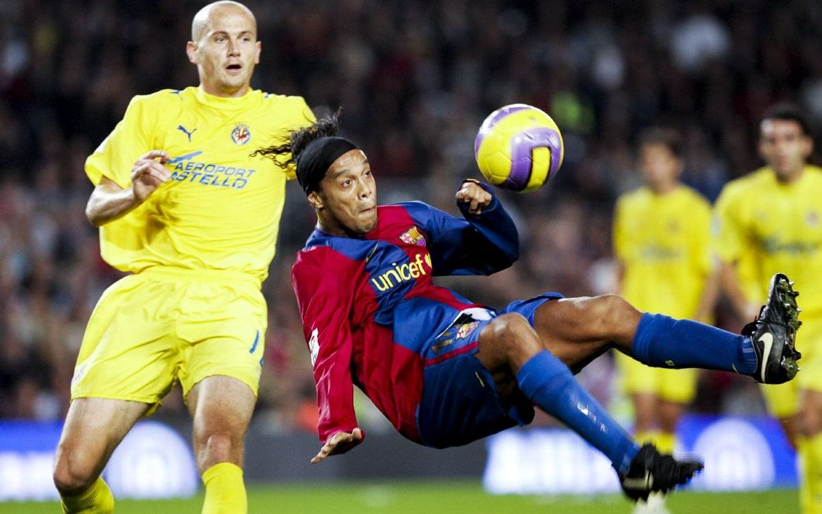Le best-of de Ronaldinho avec le Barça