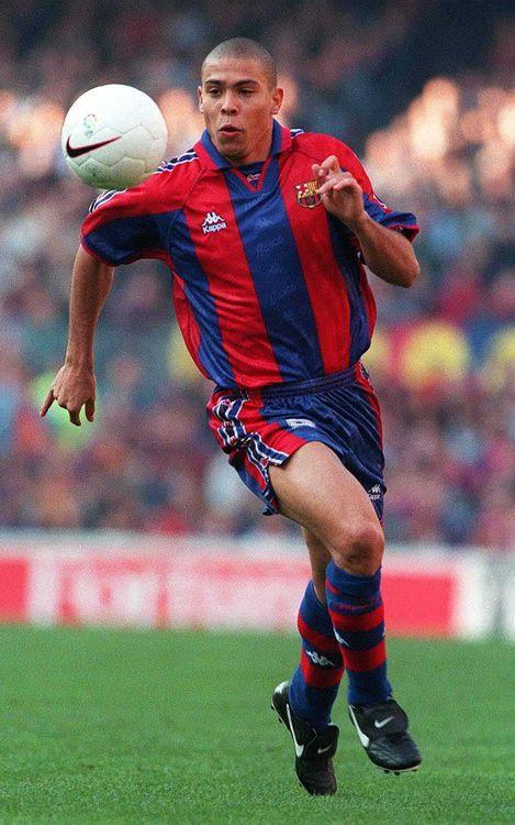 أفضل صور موسم رونالدو مع برشلونة Ronaldo_029