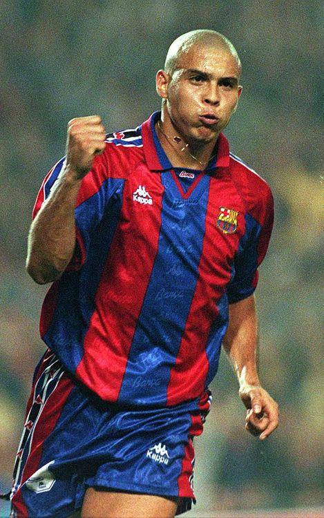 أفضل صور موسم رونالدو مع برشلونة Ronaldo_030