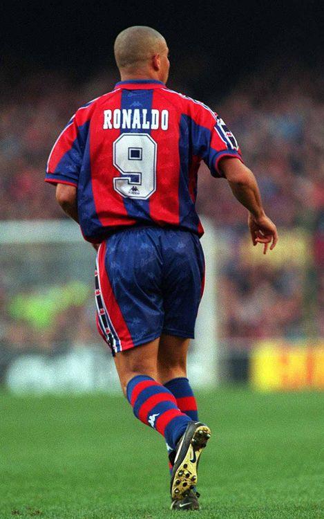 أفضل صور موسم رونالدو مع برشلونة Ronaldo_032
