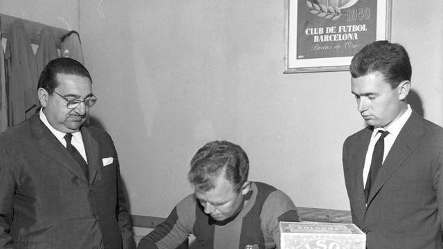 70 năm ngày Kubala đặt bút ký hợp đồng với Barça