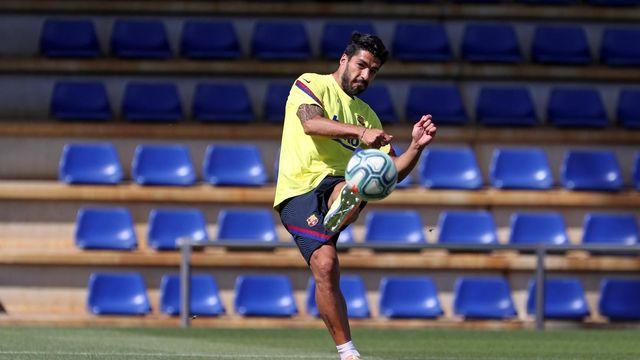 Suarez: Tôi thấy cái Barça cần lúc này là một số 9
