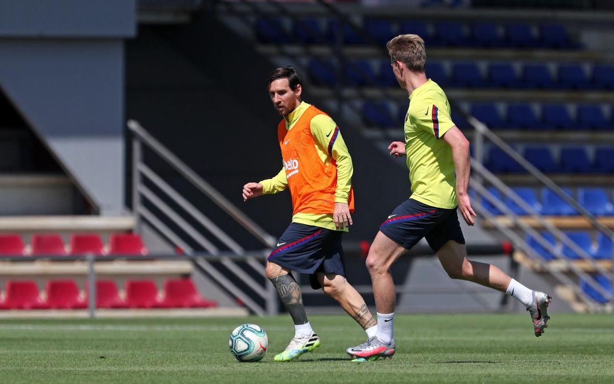 Un peu de magie de Messi à l'entraînement