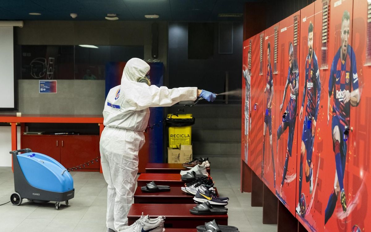 Desinfectados todos los espacios del Camp Nou por donde pasarán los jugadores durante el Barça-Leganés