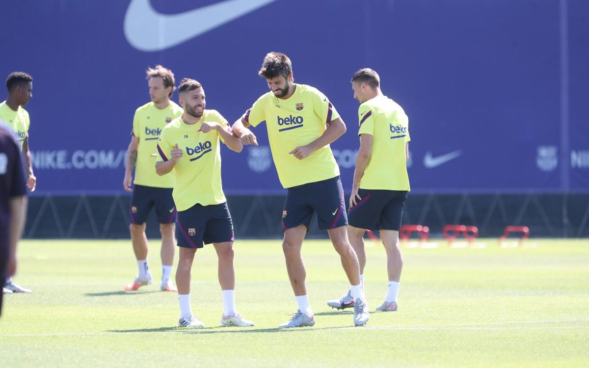 Séance de récupération après la victoire contre Bilbao