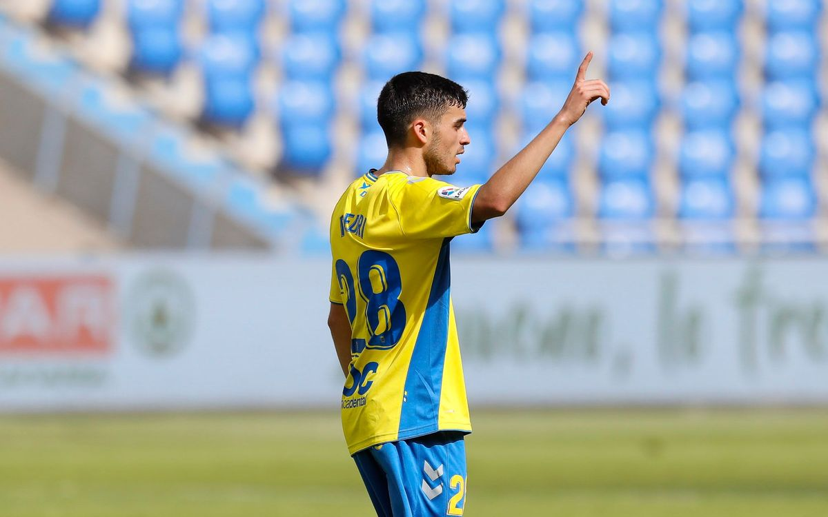 Pedri se despide del Las Palmas con gol