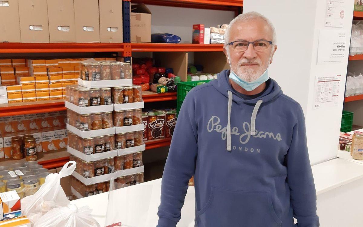 L'exjugador blaugrana Pedro Leo és voluntari del Banc d'Aliments de Sant Cugat i ha vist com ha augmentat la demanda durant la pandèmia.