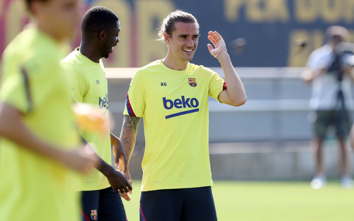 Dembélé and Griezmann complete part of session with rest of squad