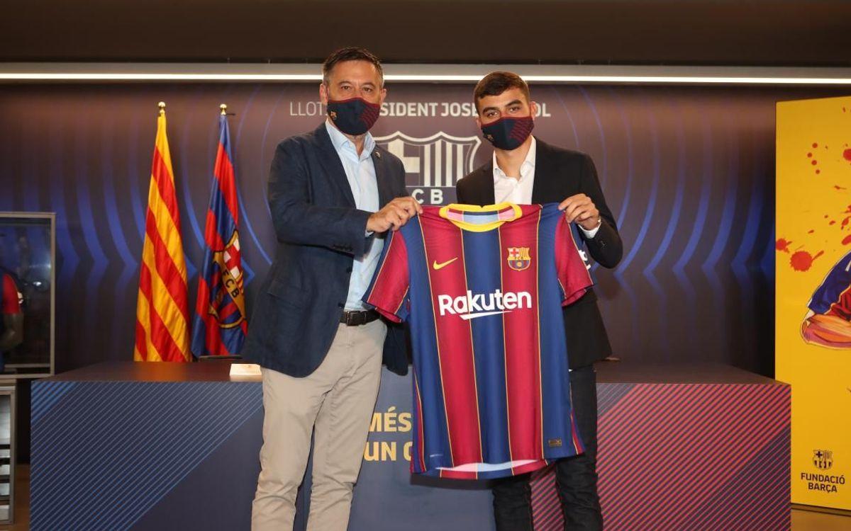 Pedri présenté officiellement comme joueur du Barça