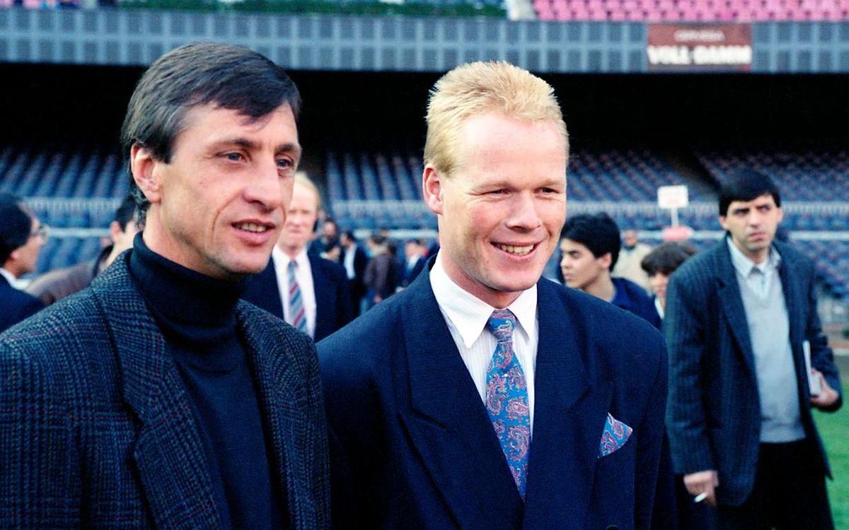 Ronald Koeman, amb Johan Cruyff, el dia de la seva presentació com a jugador del Barça al Camp Nou.