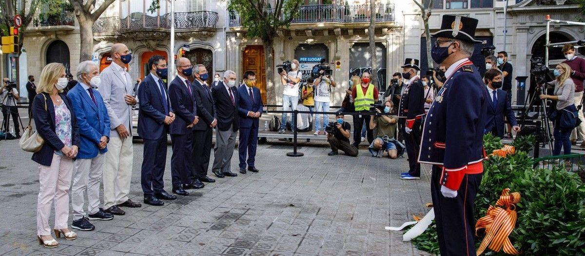 La Agrupación participa en la ofrenda floral de la Diada de Catalunya