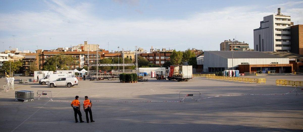 El recinto del Camp Nou acoge diferentes actuaciones musicales y tradicionales de la Mercè 2020