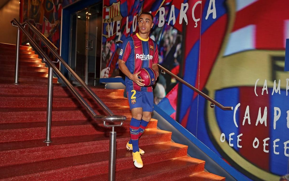 Dest 'followed his heart' to Barça