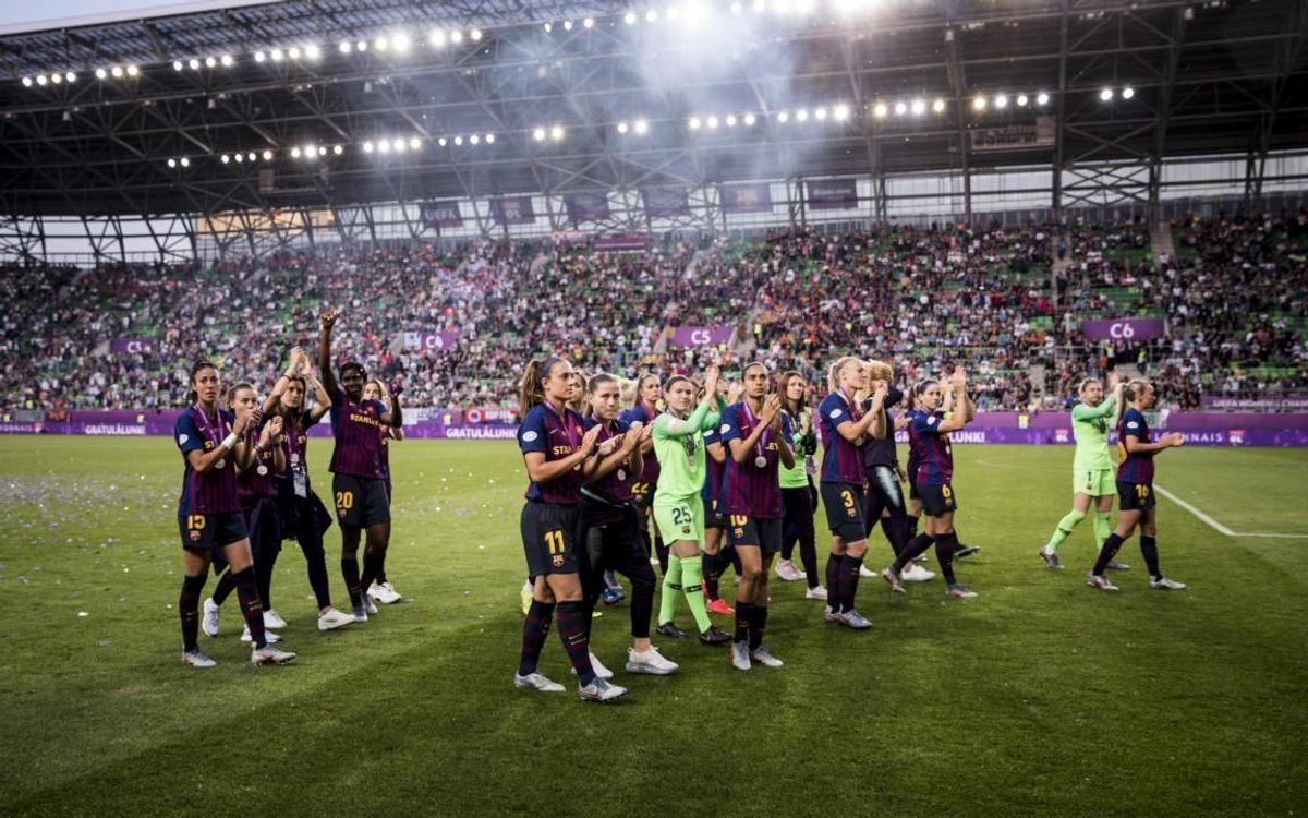 El Femení, saludant l'afició al Groupama Arena de Budapest després de la final de Champions 2019.