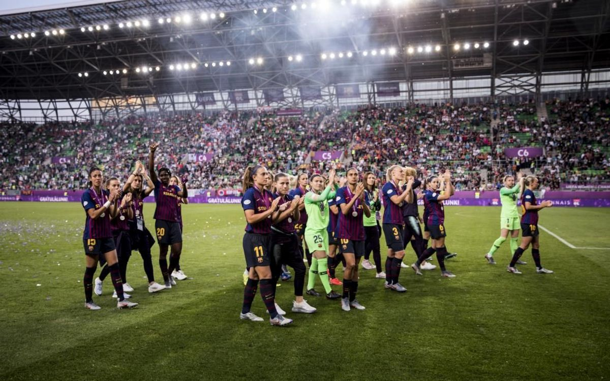 Barça Women applauding the fans at the Groupama Arena in Budapest, following the 2019 Champions League final