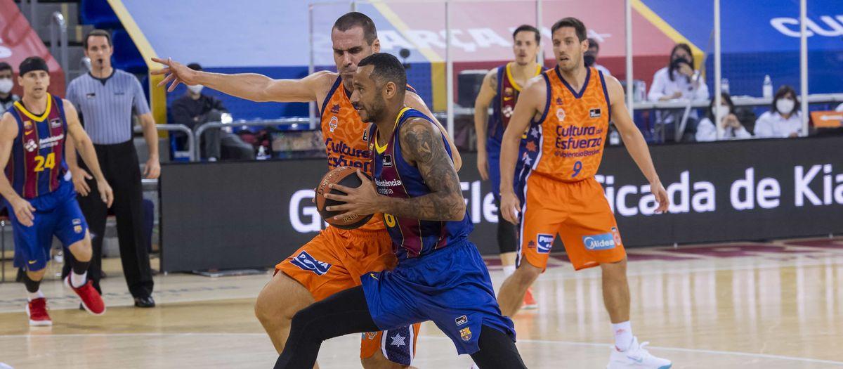 Barça - València Basket: El partit es resol al darrer quart (90-100)
