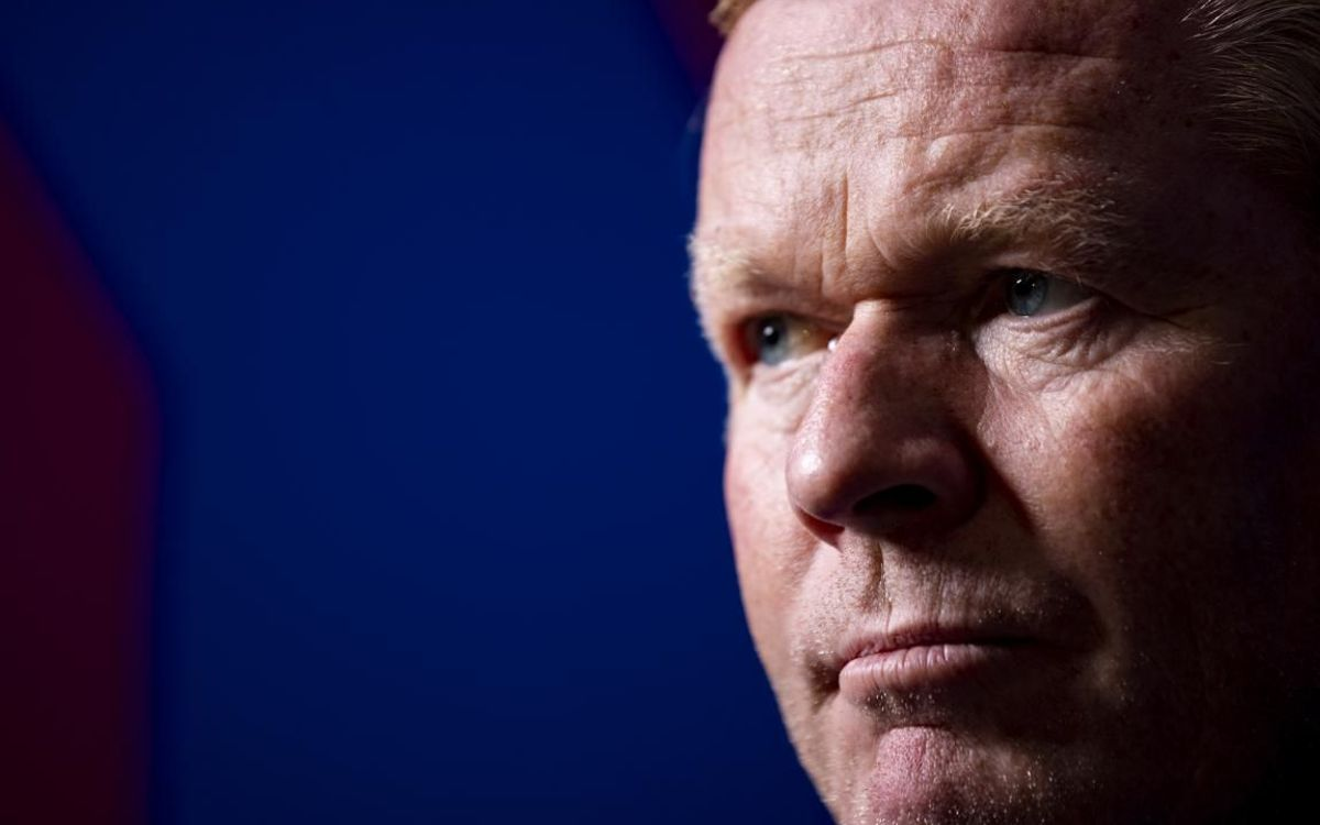 Koeman during the interview with the REVISTA BARÇA