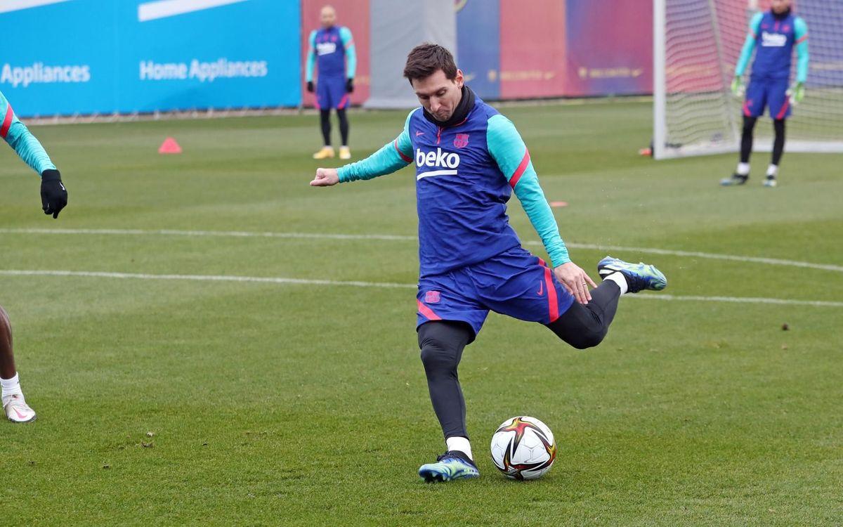 Leo Messi back in the squad for Rayo v FC Barcelona