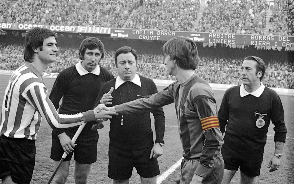 45 years ago today Johan Cruyff wore for the first time the captain's armband with the Catalan flag
