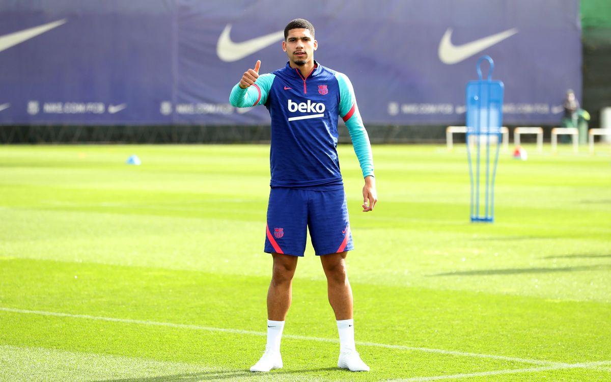 22 man FC Barcelona squad for trip to Sevilla